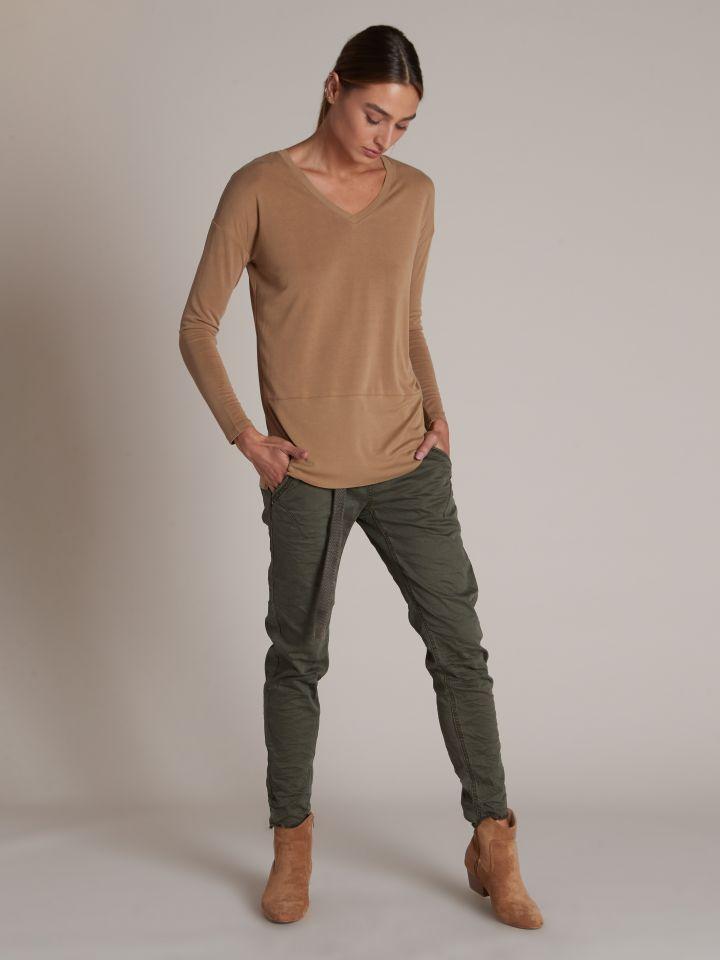 מכנסי בויפרנד עם חגורה