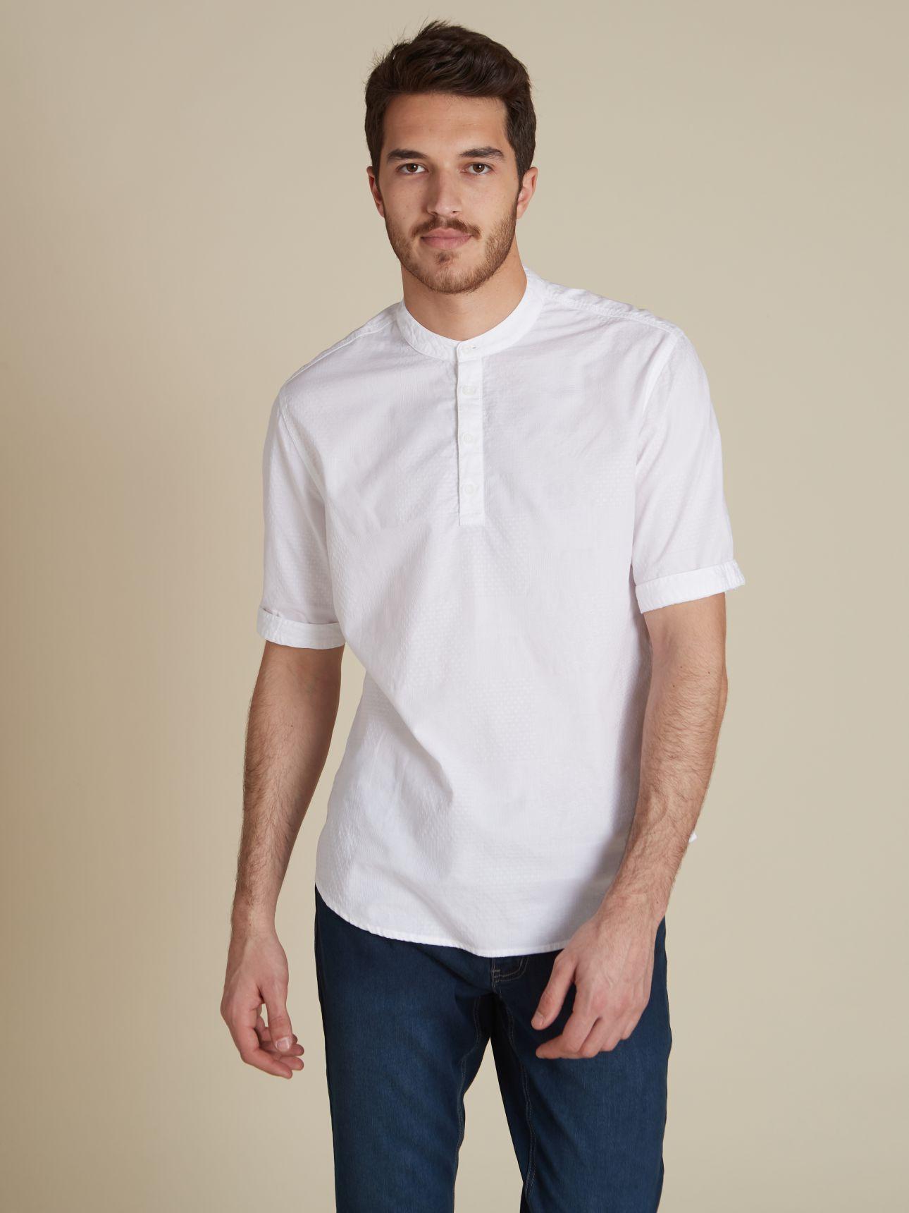 חולצת שנטי צווארון סיני טקסטורה