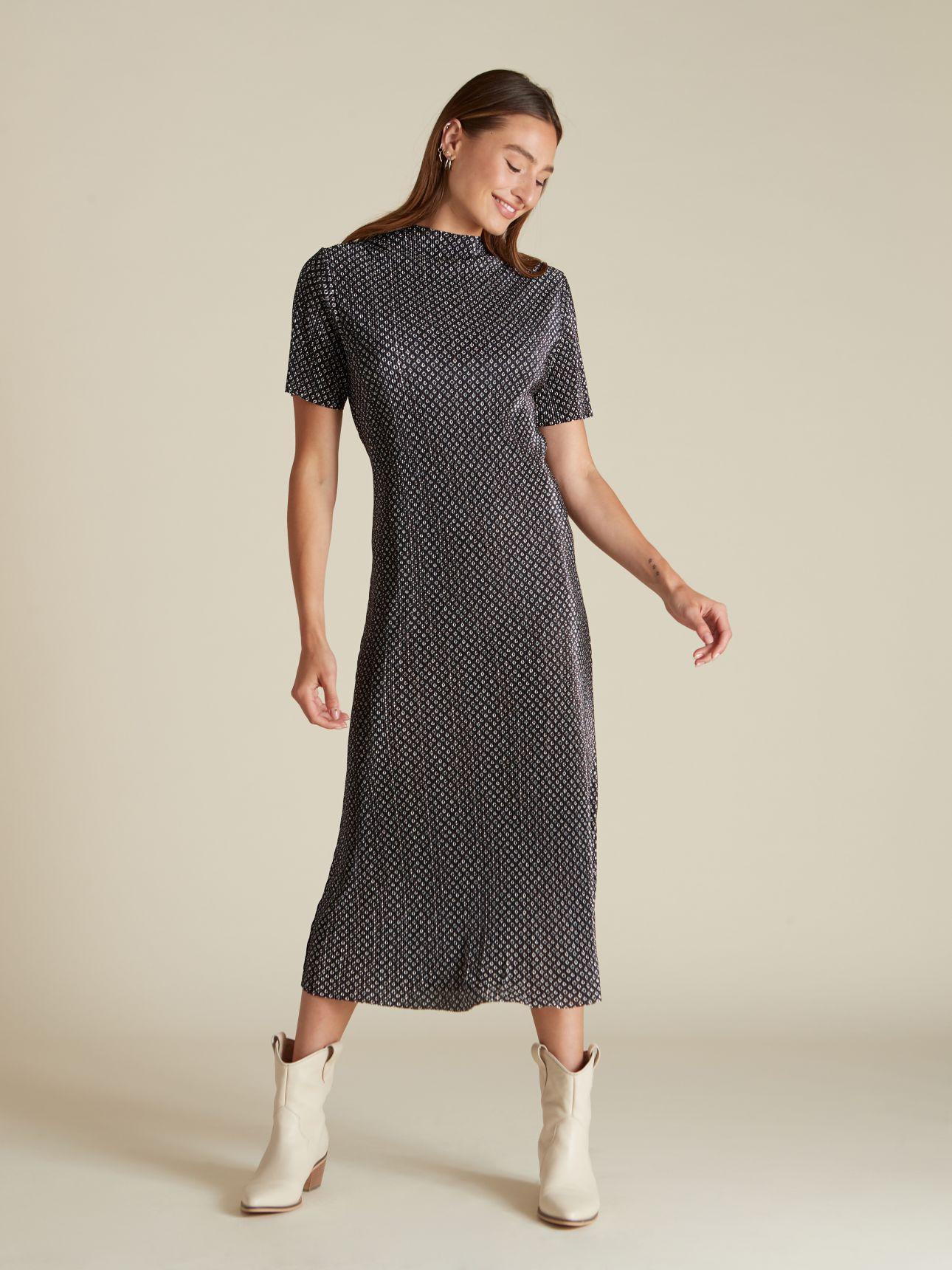 שמלת מידי פליסה