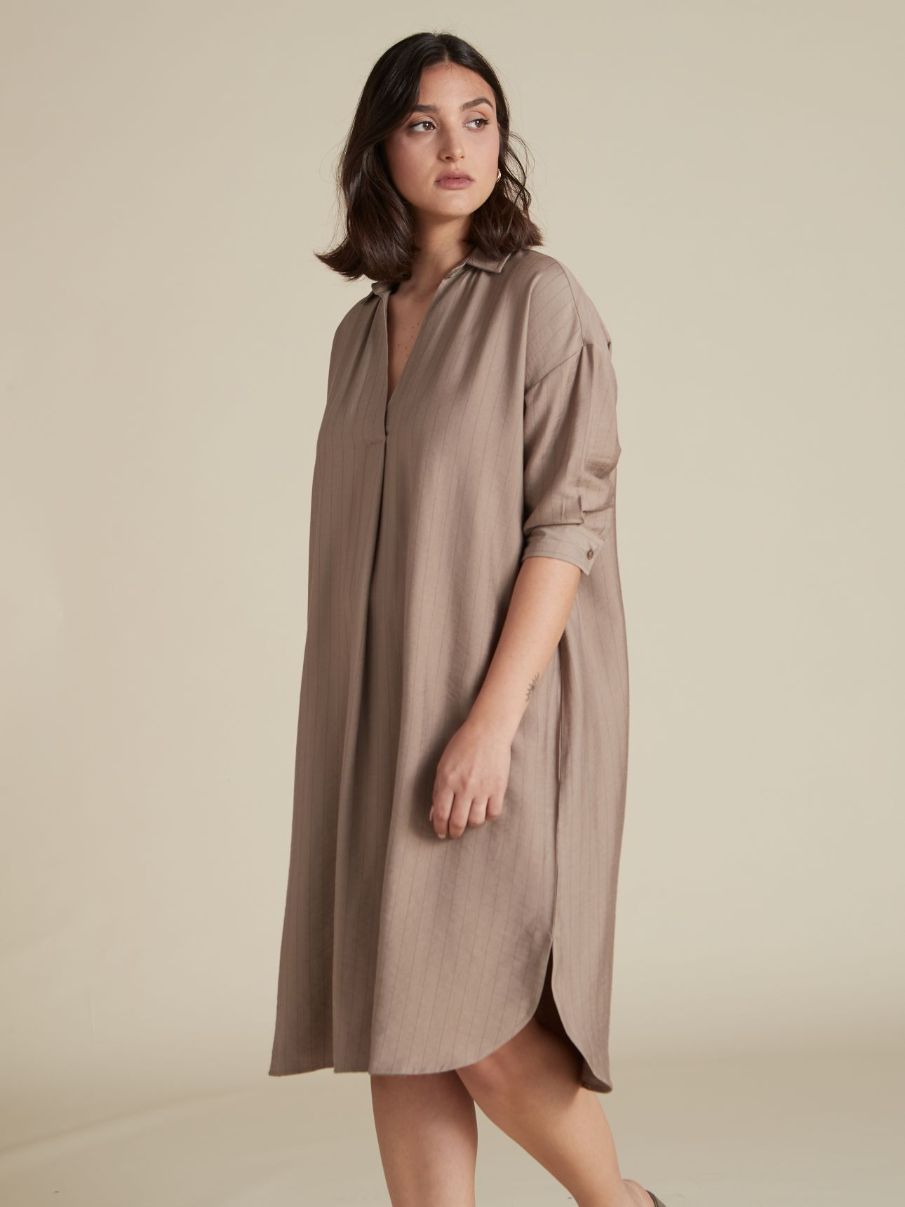 שמלת מידי גלביה